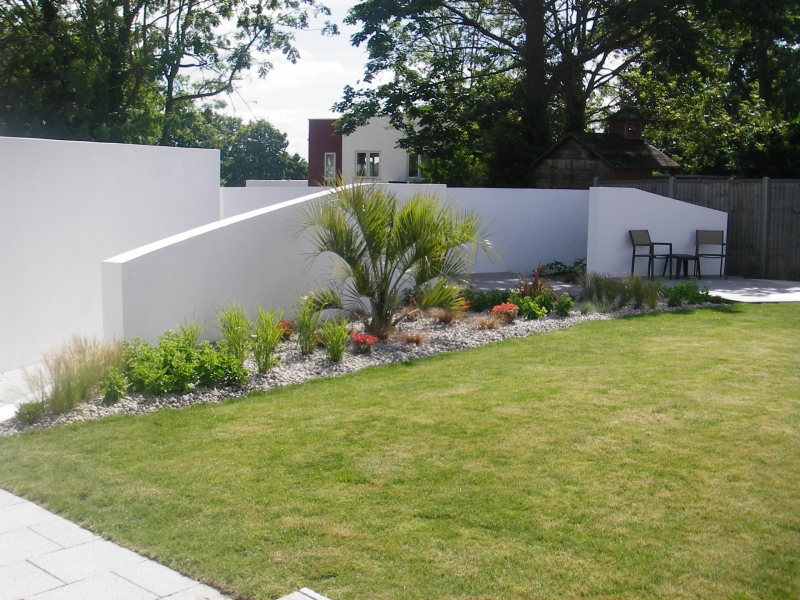 Contemporary garden design (3)