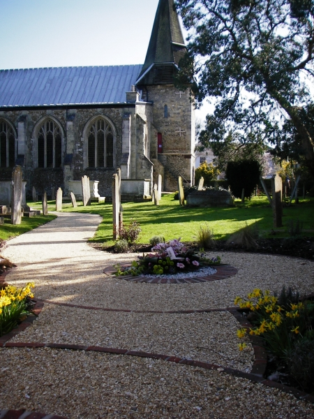 St Peters Church Titchfield memorial garden (1)