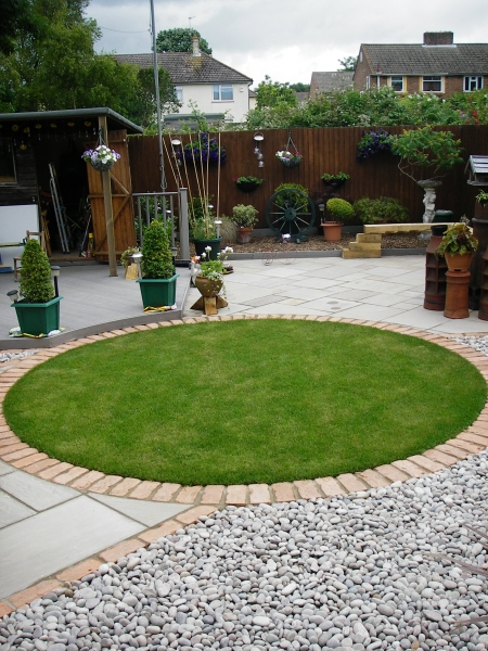 Small Garden Design - Debbie Carroll