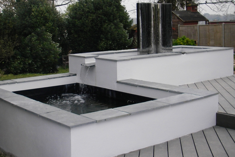 Contemporary garden water feature (2)