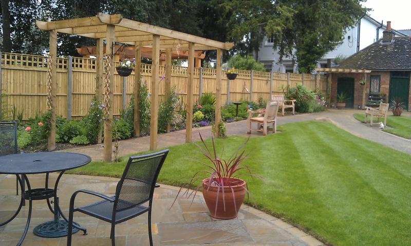 Care home dementia garden Hillier Landscapes (4)