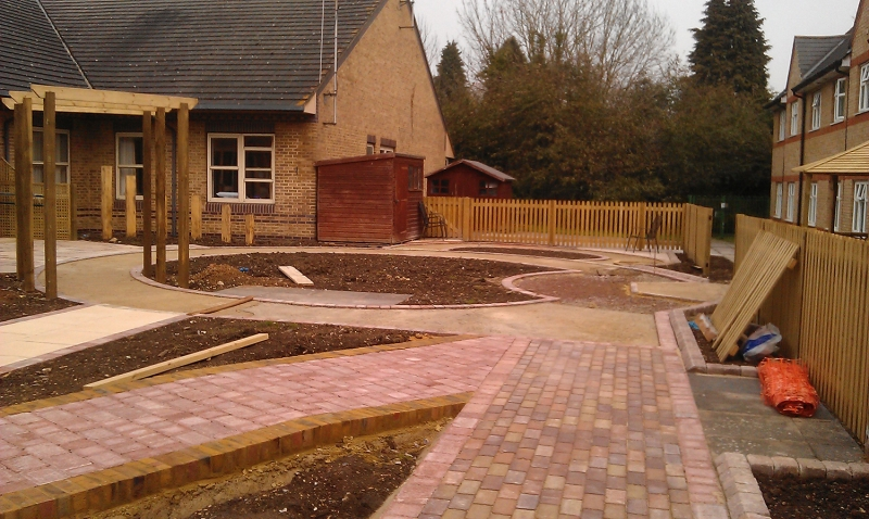 St Marks Hospital physiotherapy garden (6)